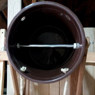 Vedro-vodopad-termolipa-plastikovaya-vstavka5.jpg